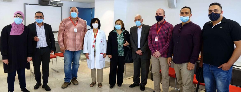 وزيرة الصحة الفلسطينية تزور مستشفى كاريتاس للأطفال