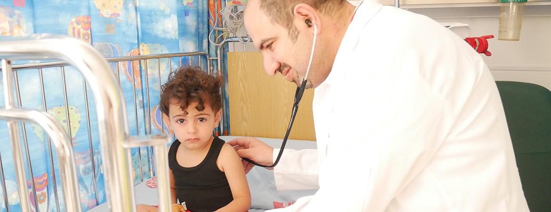 أسباب وعلاج فيروس الروتا: المسبب الأكثر انتشارًا للالتهابات المعوية لدى الأطفال