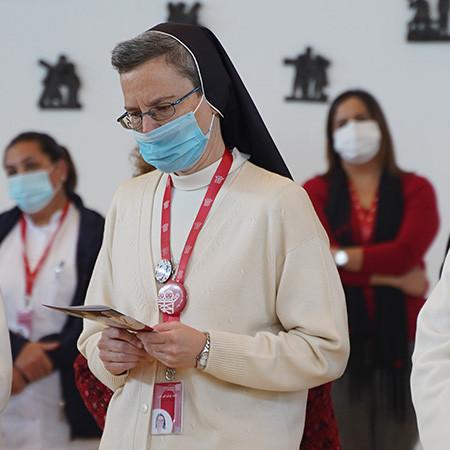 راهبات القديسة اليزابيث يغادرن الأراضي المقدسة بعد 45 عاماً من الخدمة