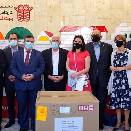 نادي الروتاري يتبرع لمختبر كورونا في مستشفى كاريتاس للأطفال